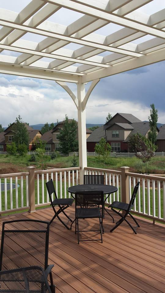 Coffered Pergola, White, and Cove Double Step Cut